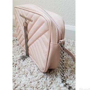 Express crossbody purse